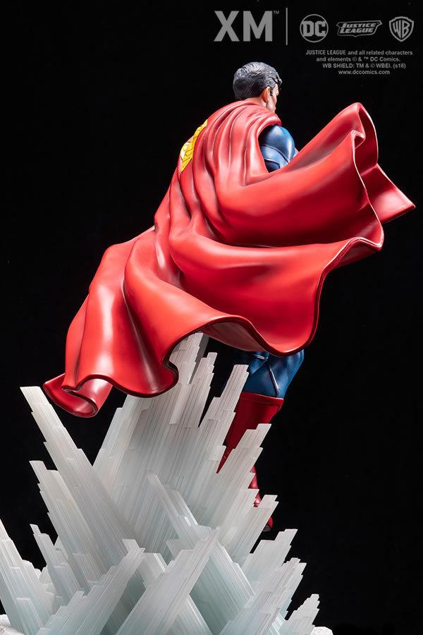 Premium Collectibles : JLA Superman 1/6**   5qxj5y