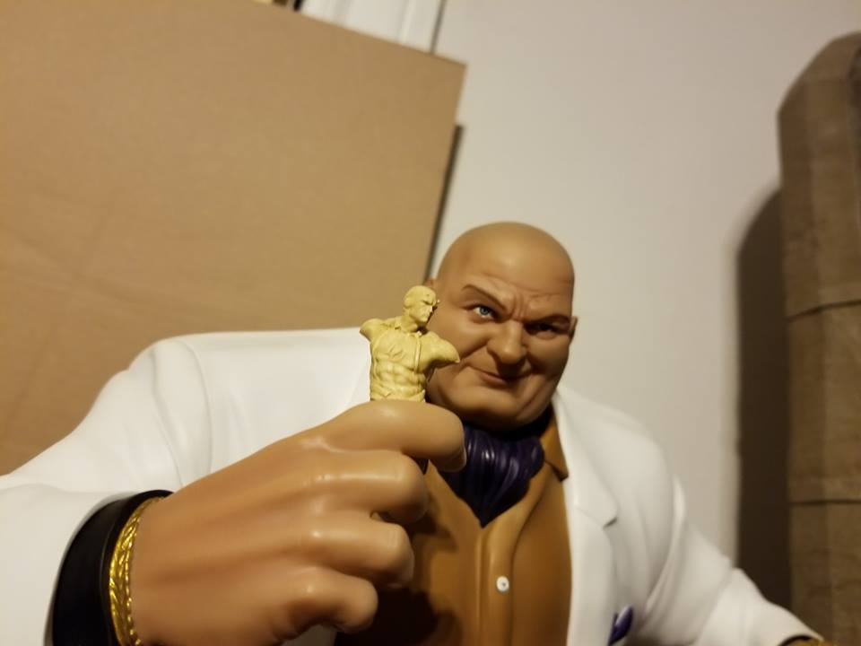 Premium Collectibles : Kingpin - Page 2 5xssdt