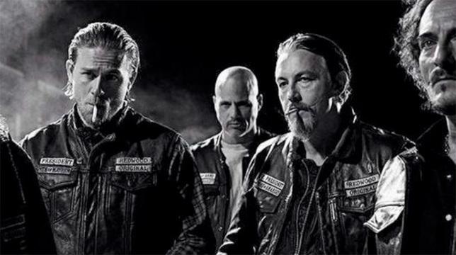 Lo spin-off di Sons of Anarchy: FX ordina il pilota di Mayans MC