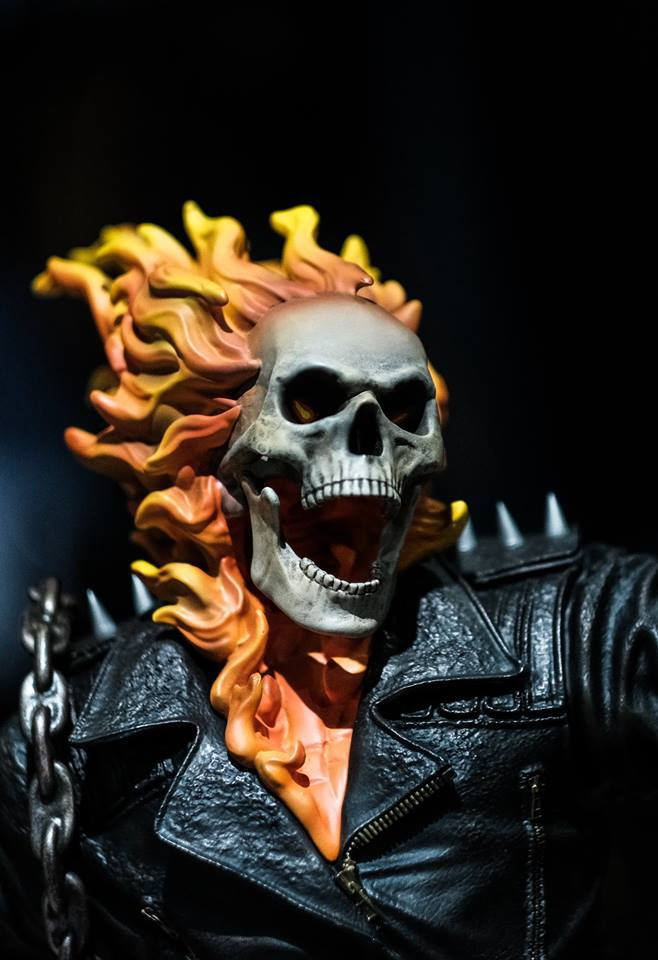 Premium Collectibles : Ghost Rider - Page 6 67zsdf
