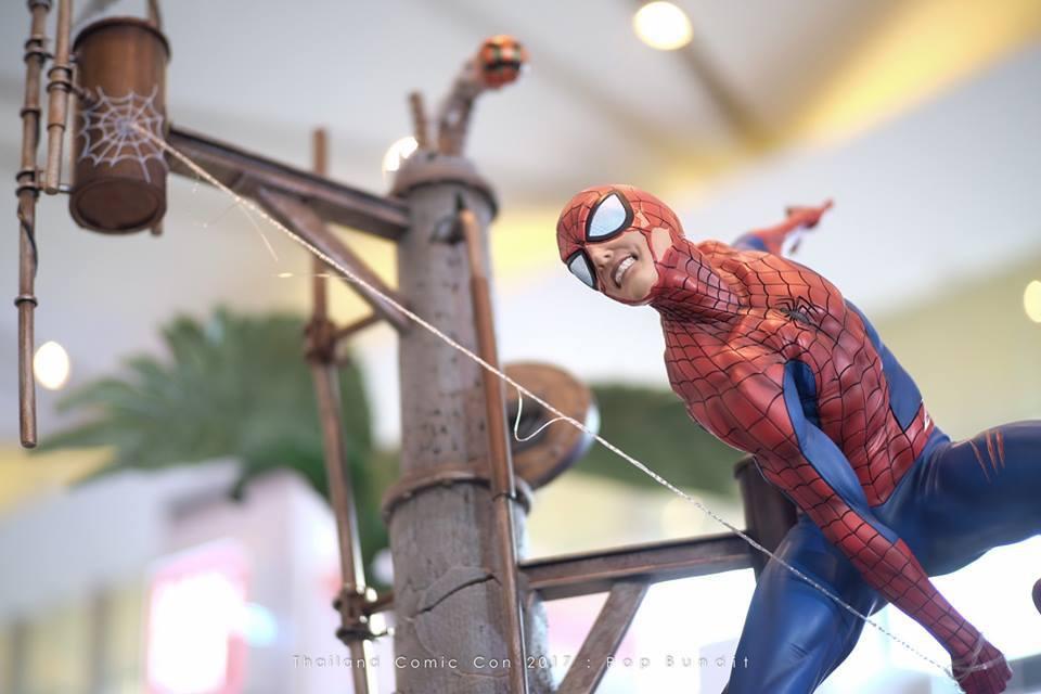 Premium Collectibles : Spiderman** 6hhuin