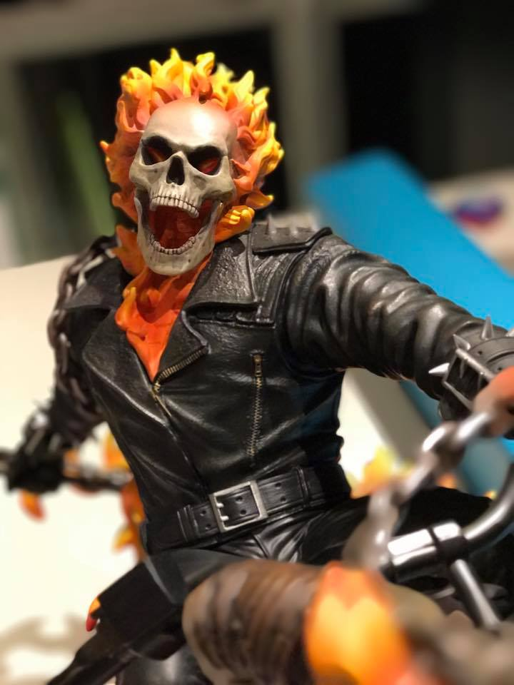 Premium Collectibles : Ghost Rider - Page 5 6sju0d