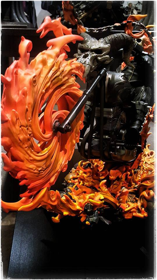 Premium Collectibles : Ghost Rider - Page 6 6t9pg7