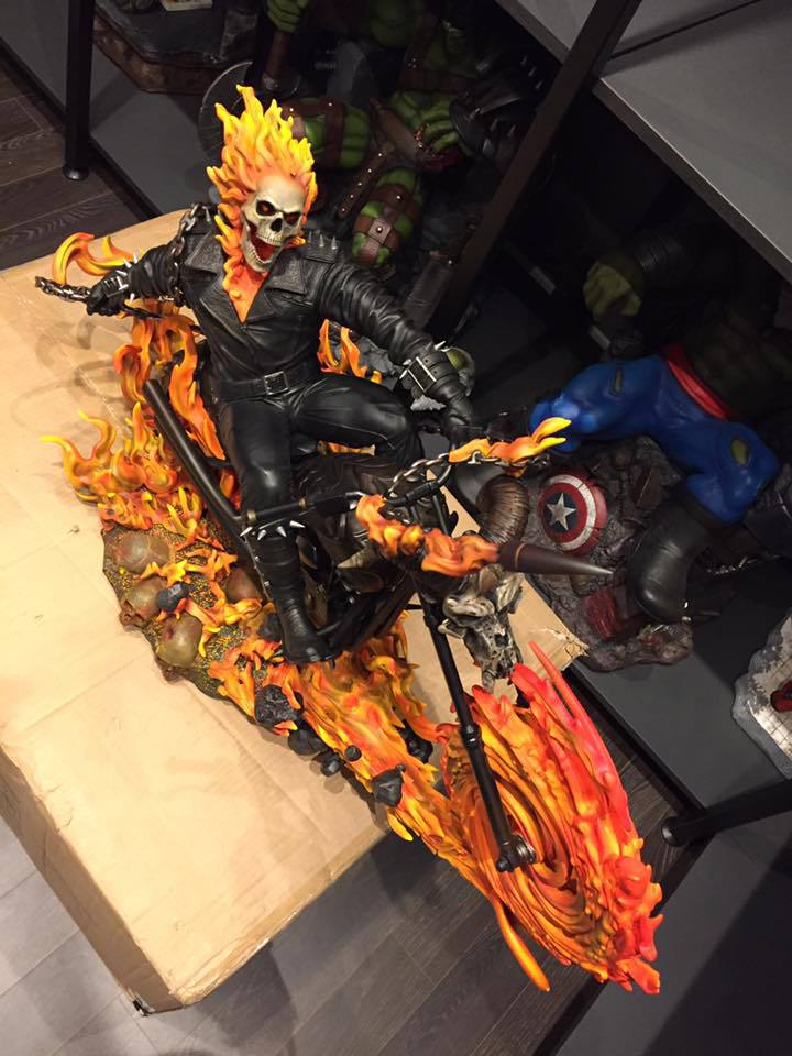 Premium Collectibles : Ghost Rider - Page 6 6uguom