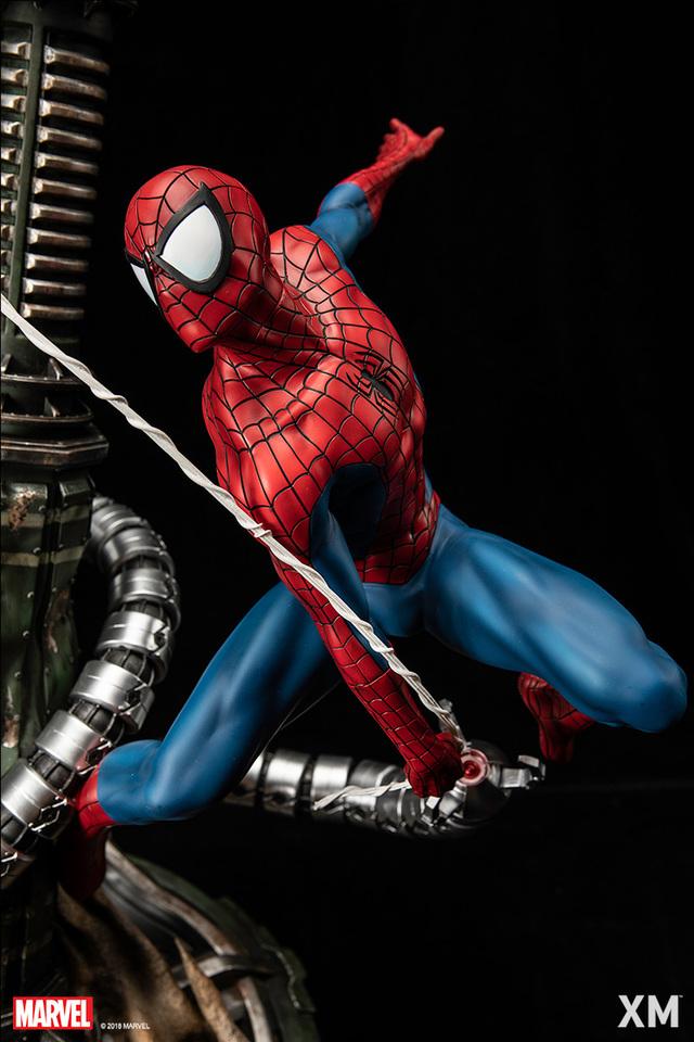 Premium Collectibles : Spiderman** 70yd56