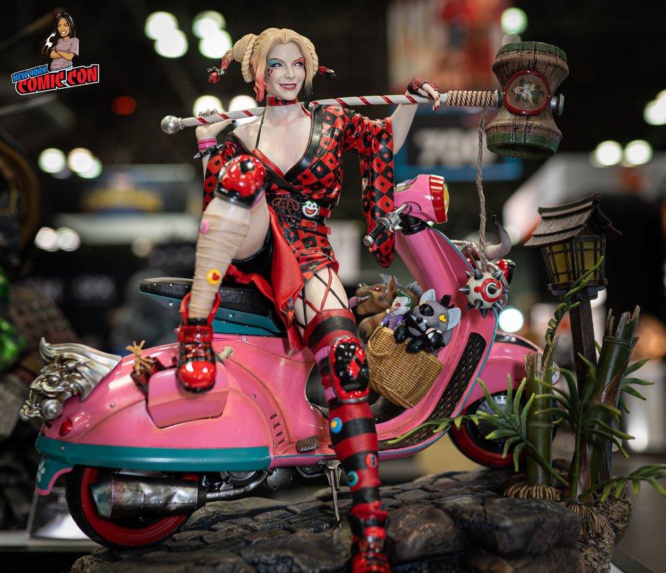 Premium collectibles : Harley Quinn** 71826144_2849184291780ojvf