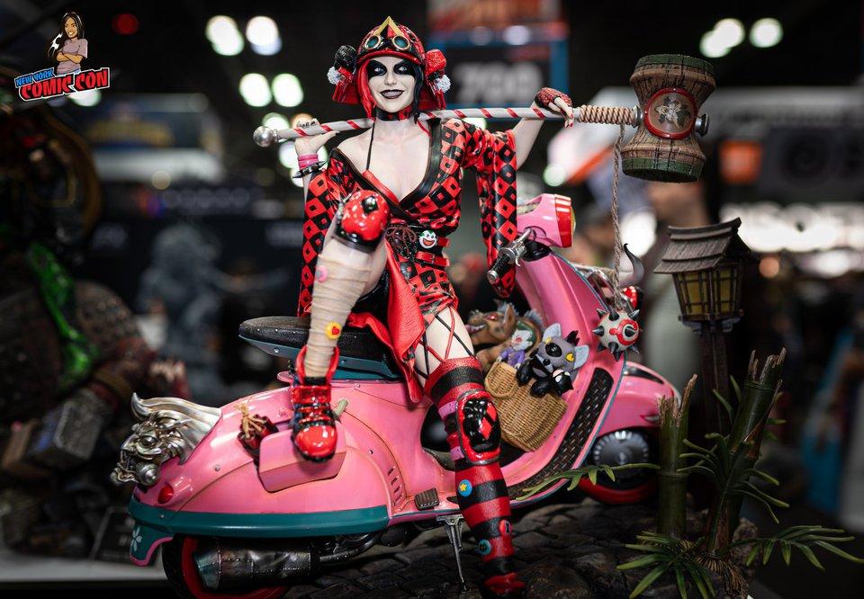 Premium collectibles : Harley Quinn** 72426265_28555169978122jsu