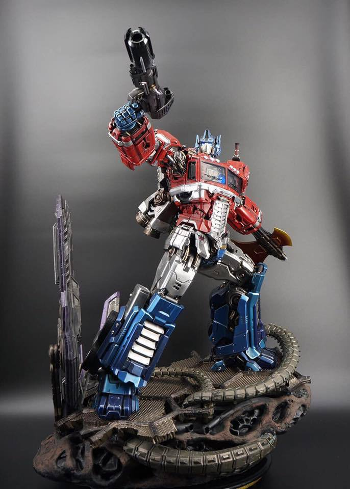 Premium Collectibles : Transformers - Optimus Prime (G1) - Page 2 73289284_1363653760456kk4n