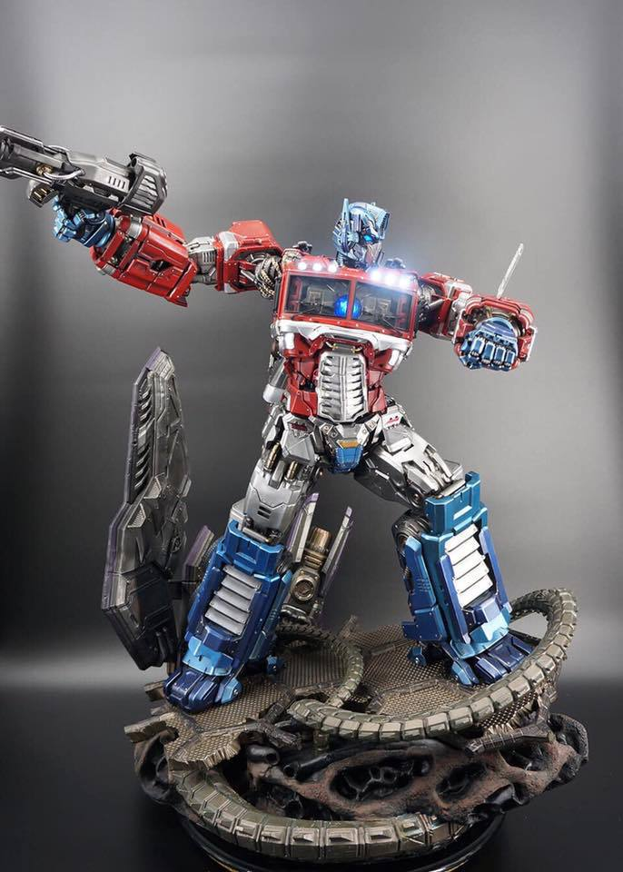 Premium Collectibles : Transformers - Optimus Prime (G1) - Page 2 74393212_1363652980455wkvk