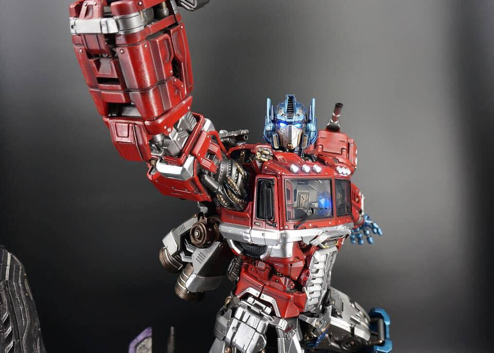 Premium Collectibles : Transformers - Optimus Prime (G1) - Page 2 74455017_136365368045dyjdo