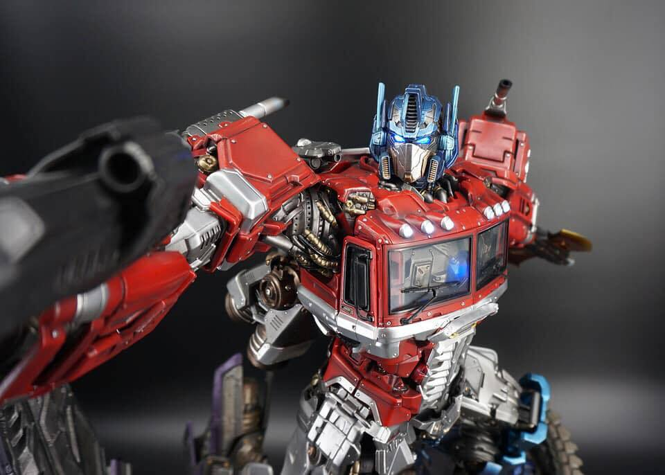 Premium Collectibles : Transformers - Optimus Prime (G1) - Page 2 74793566_1363653313798wjac