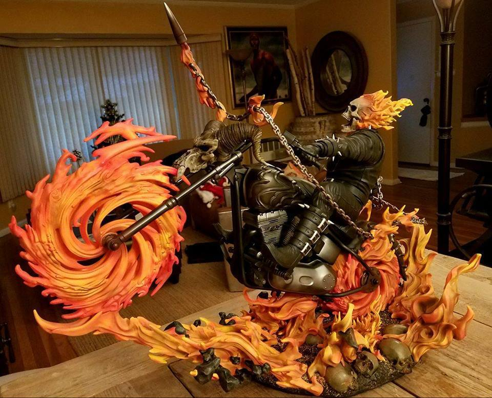 Premium Collectibles : Ghost Rider - Page 6 74dyta