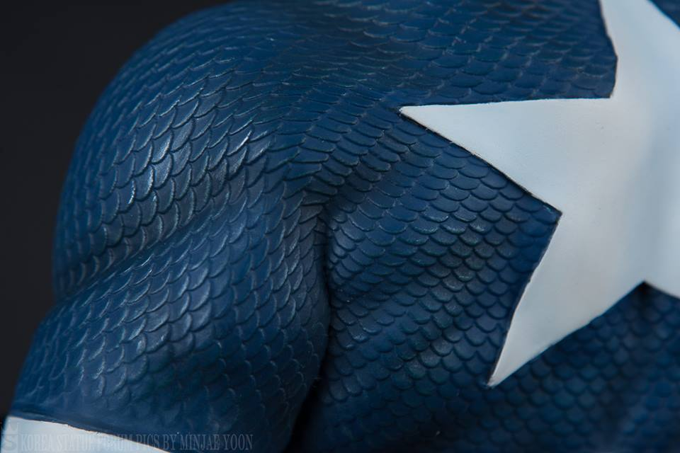 Premium Collectibles : Captain America - Sentinel of liberty - Page 5 74gsxz