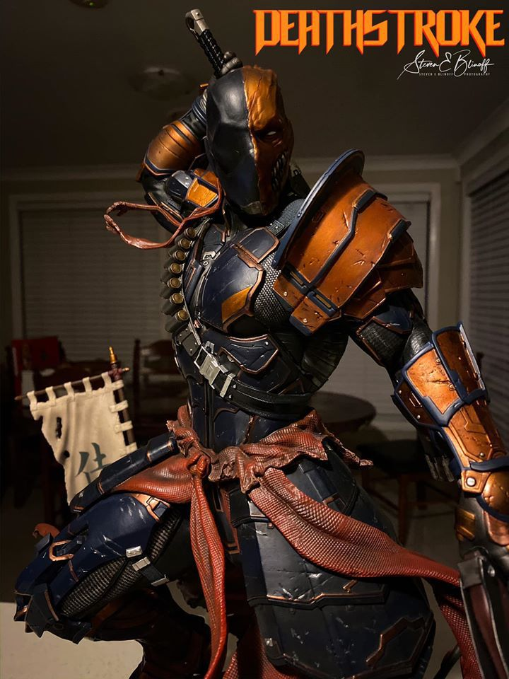 Premium Collectibles : Deathstroke** 75367569_239107357113q0jfh