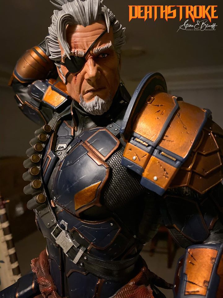 Premium Collectibles : Deathstroke** 76775103_23910738044625jkl