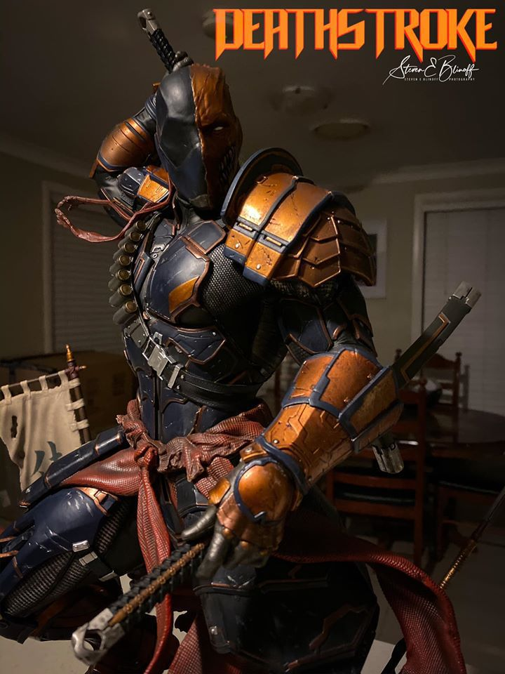 Premium Collectibles : Deathstroke** 76921253_239107374446i6kek
