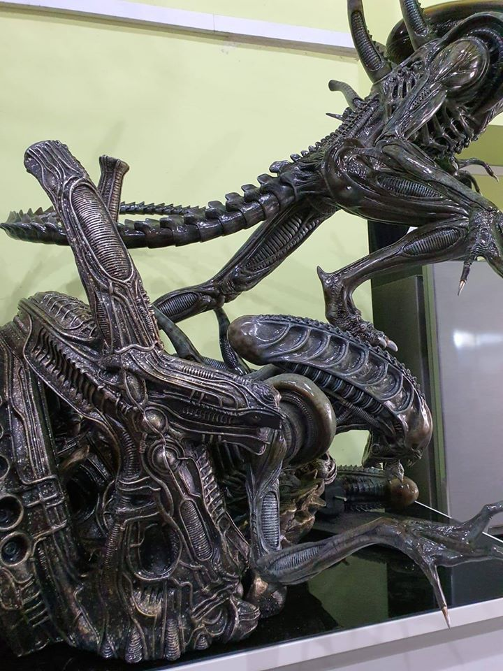 Premium Collectibles : Alien 76nkiy