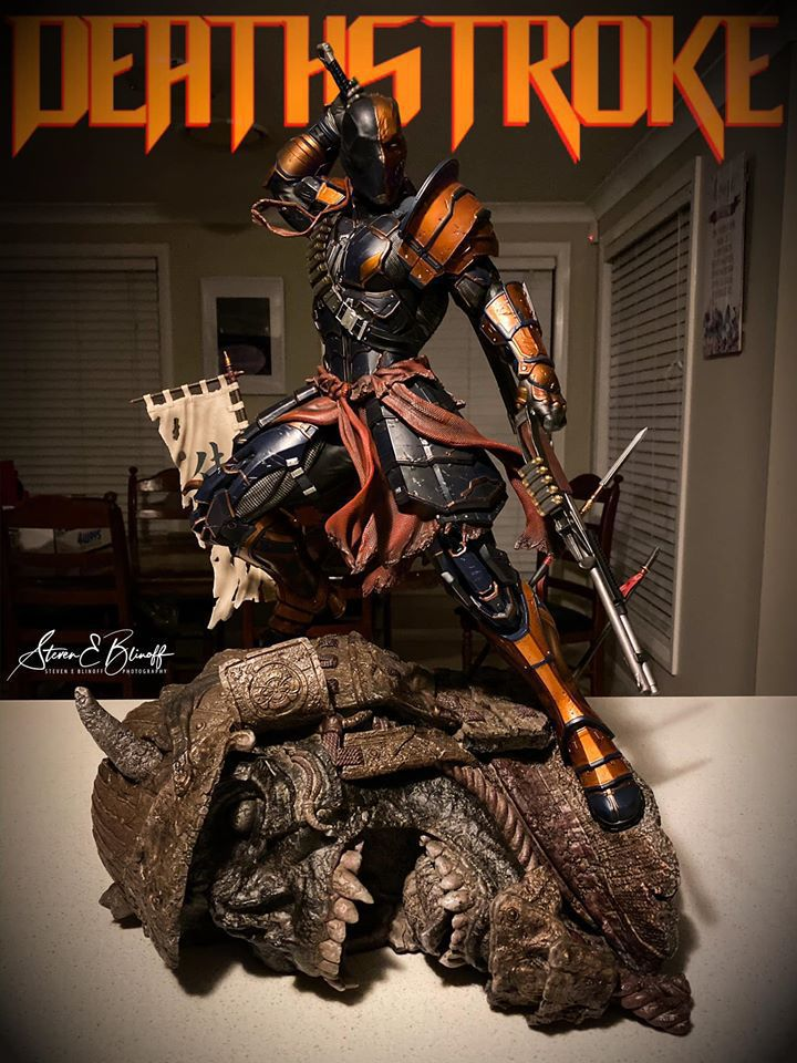 Premium Collectibles : Deathstroke** 77095160_2391073494468ljns