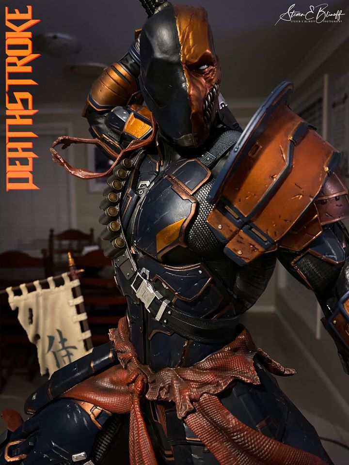 Premium Collectibles : Deathstroke** 77398603_239107407446yfkym