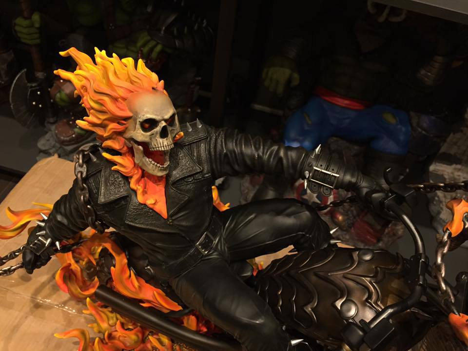 Premium Collectibles : Ghost Rider - Page 6 77ku73
