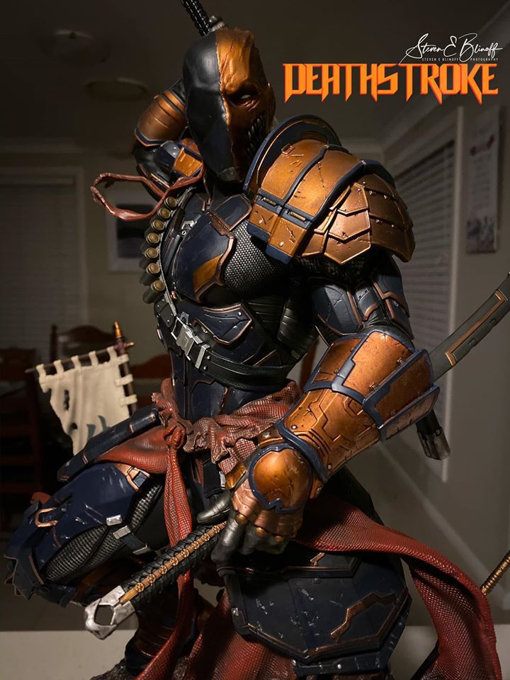 Premium Collectibles : Deathstroke** 78548176_239107387780h6jhu