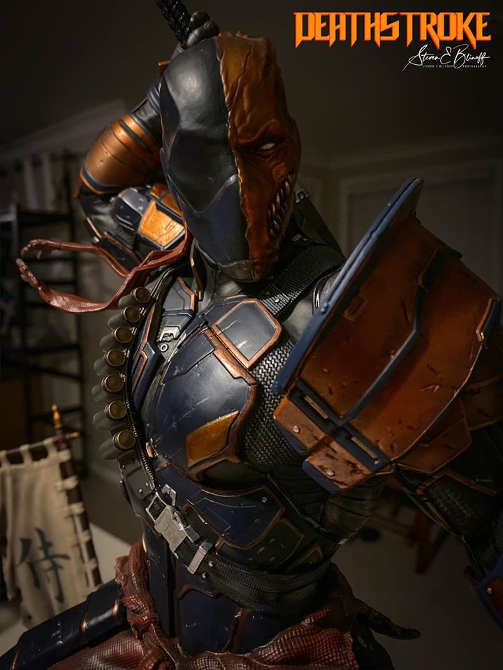 Premium Collectibles : Deathstroke** 78628485_239107367446icj6u