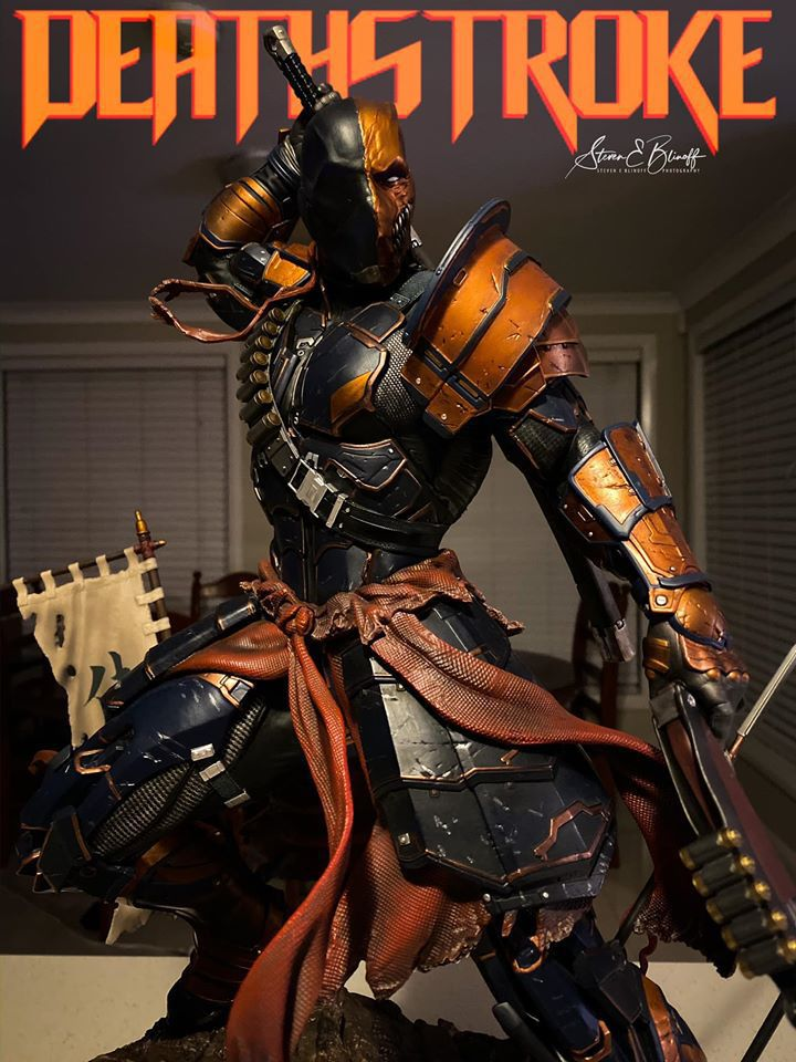 Premium Collectibles : Deathstroke** 78629243_239107413446sxj92