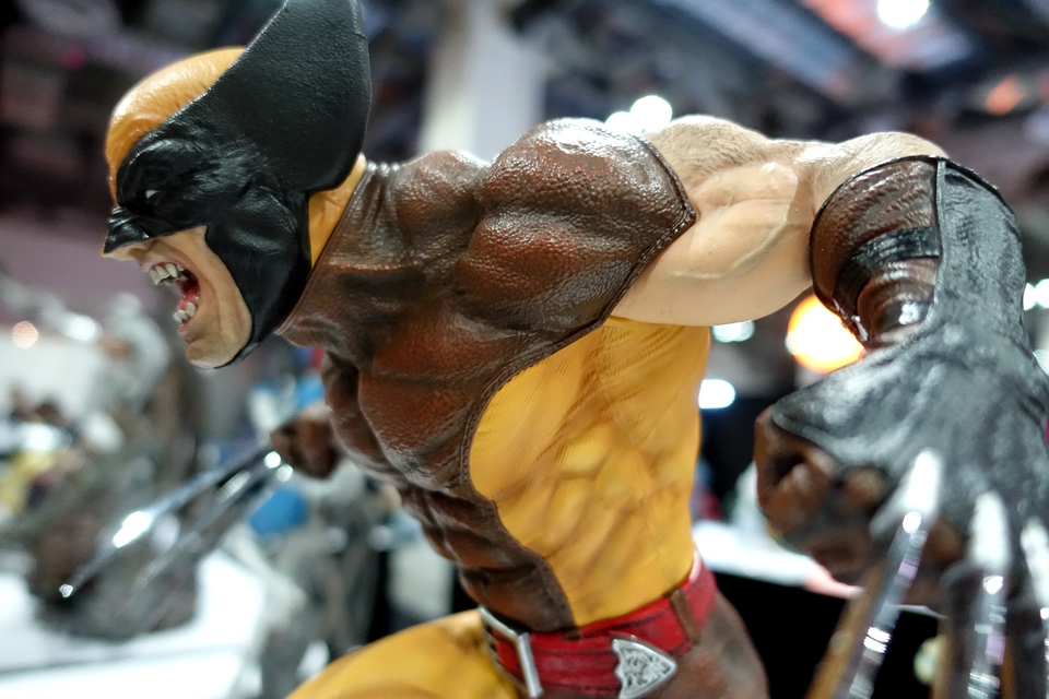 Premium Collectibles : Wolverine brown** - Page 2 7hqcvy