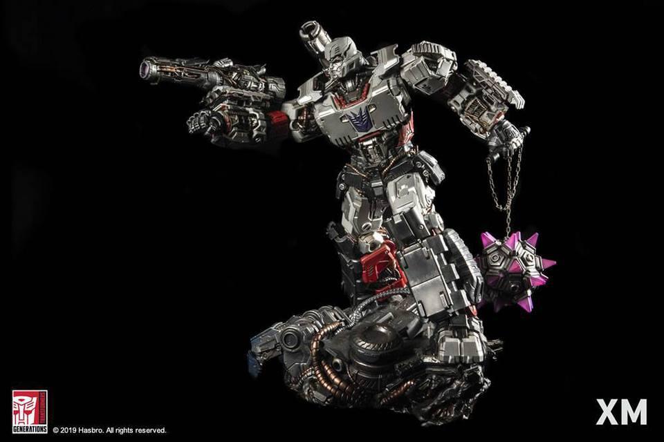 Premium Collectibles : Transformers - Megatron (G1)** 7k5k3e
