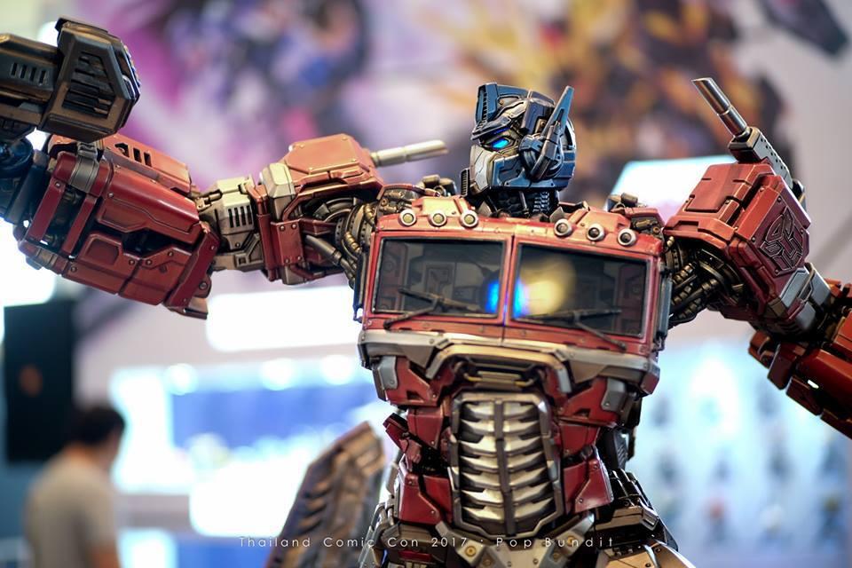 Premium Collectibles : Transformers - Optimus Prime (G1) 7m7si9