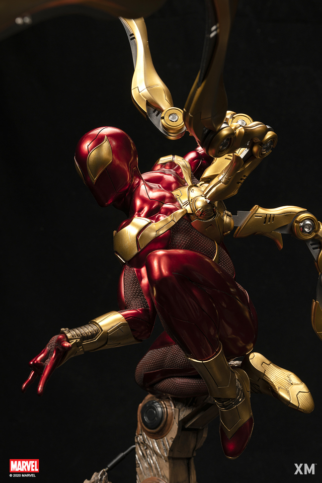 Premium Collectibles : Iron-spiderman** 7ngjda