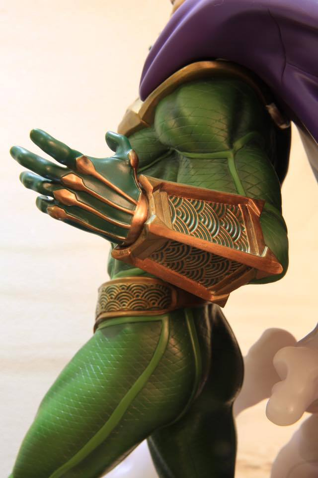 Premium Collectibles : Mysterio - Page 5 7thp0t