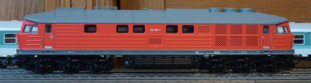 Märklin BR 232 (36420 1.Ausführung und ähnliche) mit eckigen Puffern ausstatten 7zaag8