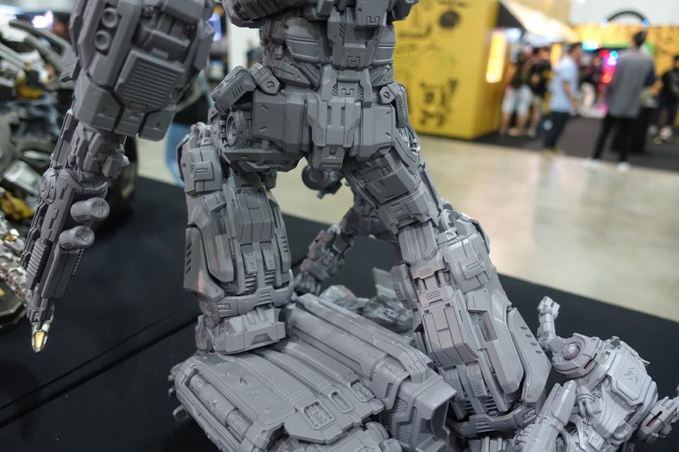 Premium Collectibles : Transformers - Soundwave (G1)  87ekb3