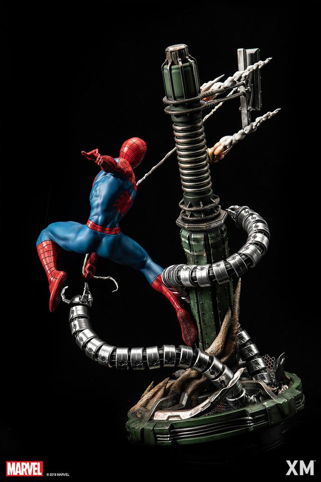 Premium Collectibles : Spiderman** 8a4cza