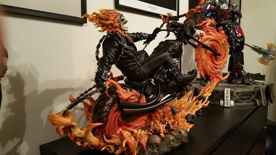 Premium Collectibles : Ghost Rider - Page 6 8fvsg6