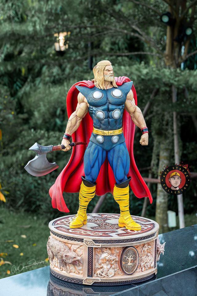 Premium Collectibles : Thor 1/3 8pnk3f