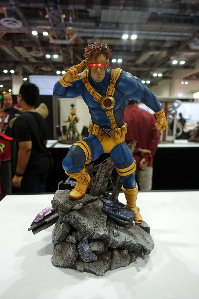 Premium Collectibles : Cyclops** 8whd4q