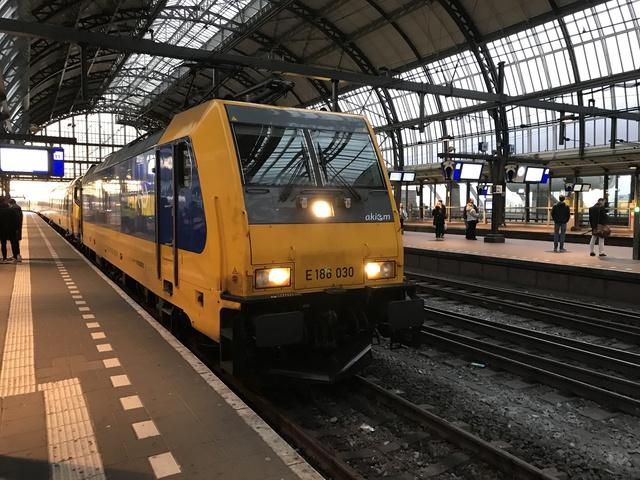 91 84 1186 030-0 NL-NS  ICD 1047 Amsterdam Centraal