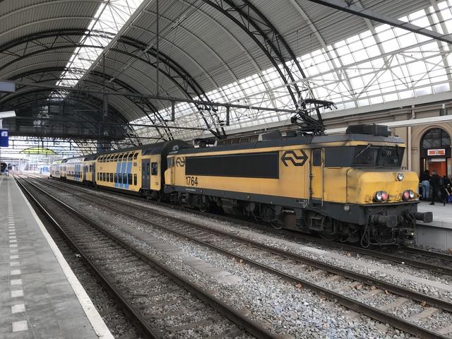91 84 1560 764-0 SP 5648 Zwolle