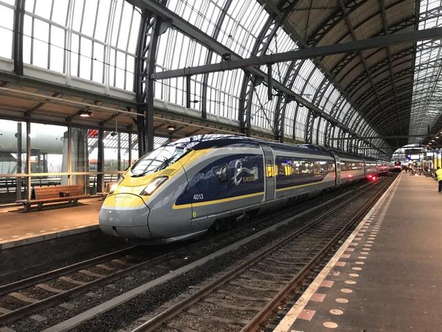 93 70 3740 131-5 GB-EIL EST 9181 Amsterdam Centraal