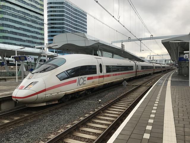 93 80 5 406 504-1 D-DB ICE 127 BrusselBruxelles Arnhem Centraal