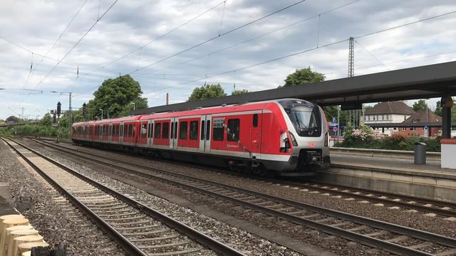 94 80 0490 604-6 D-DB Wunstorf