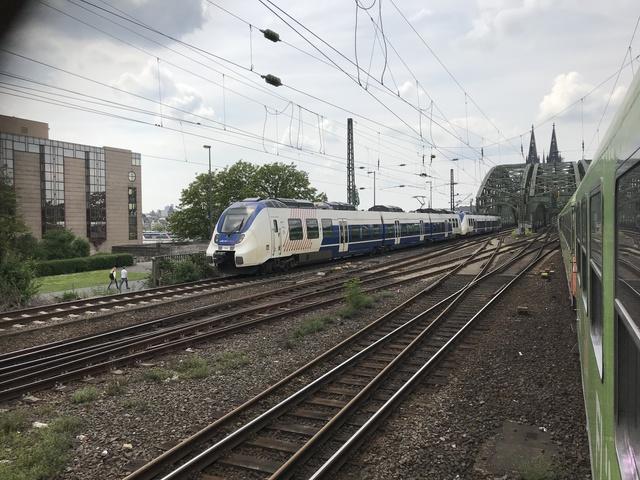 94 80 9 442 154-2 D-NXG RB 48 RB 32450 Köln MesseDeutz