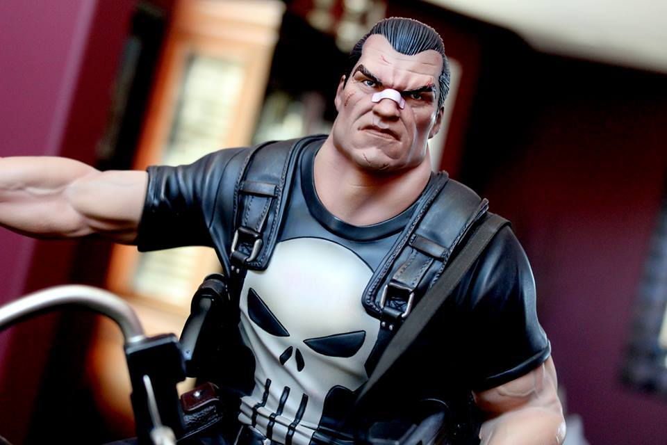 Premium Collectibles : Punisher - Page 5 96jlnx