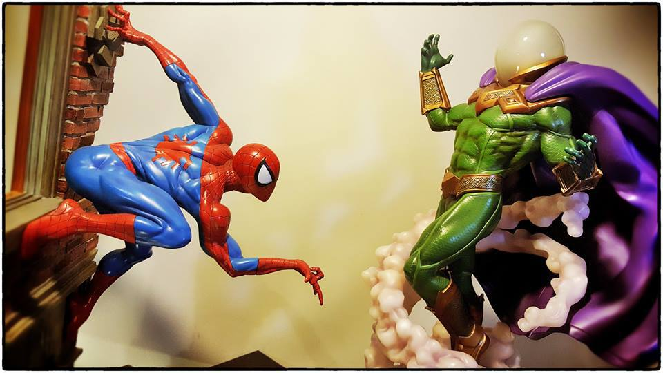 Premium Collectibles : Mysterio - Page 5 9lcsaf
