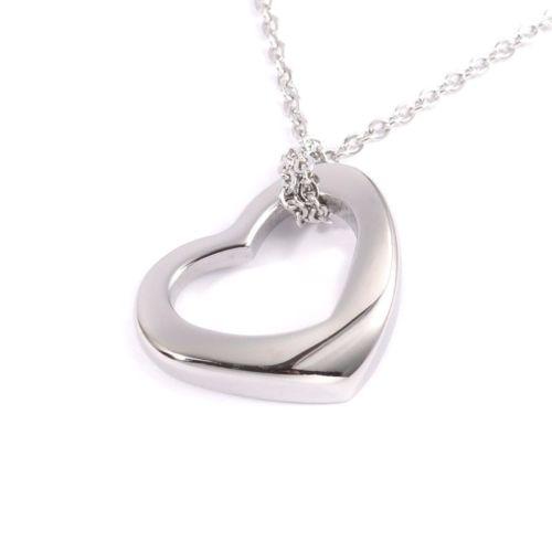 Hochwertige Damen Kette aus Edelstahl mit wunderschönem Herz Anhänger. Das  perfekte Geschenk für Sie selbst oder Ihre Lieben. 57fc4314d2