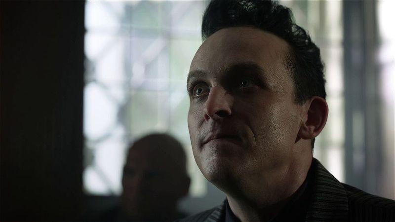 Gotham: 4.Sezon Tüm Bölümler Ekran Görüntüsü 2
