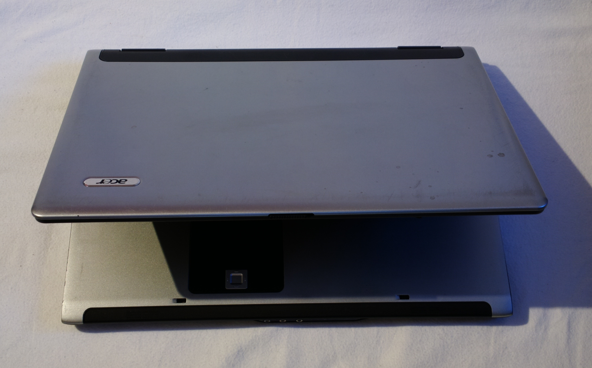 acer 9300 ms2195 17 notebook gebraucht. Black Bedroom Furniture Sets. Home Design Ideas