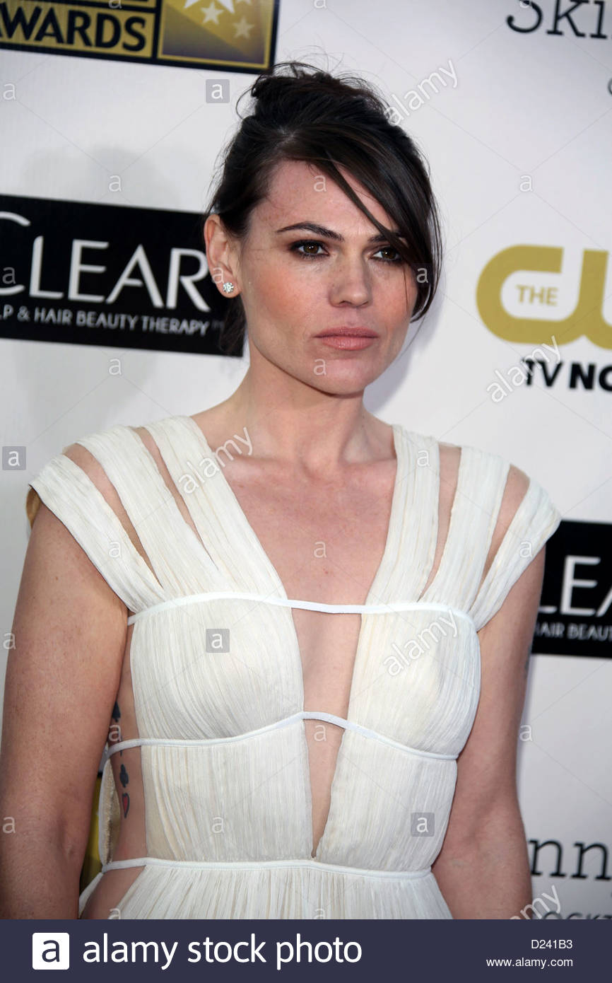 actress-clea-duvall-agbo9d.jpg